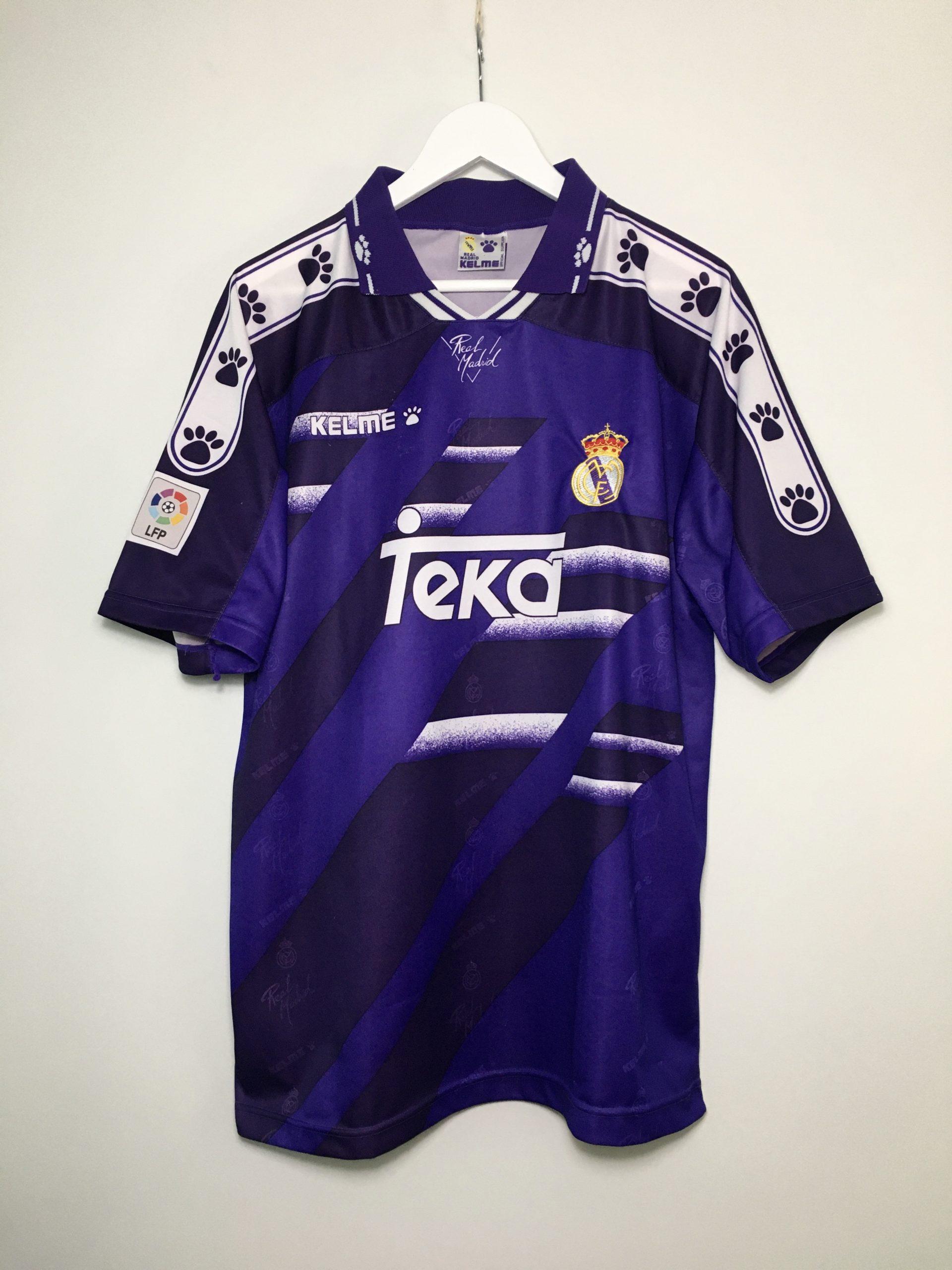 Real Madrid away shirt 1994-1996 in Medium - Football & Vintage ...